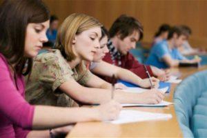 Вступники, що мають помилки в свідоцтві про освіту, можуть реєструвати кабінети та подавати заяви без термінової заміни документа