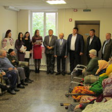 У селі Лозівок відбулася зустріч керівництва району з мешканцями відділення стаціонарного догляду територіального центру соціального обслуговування (надання соціальних послуг) Черкаського району