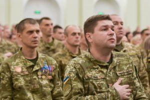 """""""Після досягнення миру армія не перестане бути пріоритетом держави"""", – Президент України"""