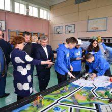 У Черкаській області визначили переможців регіонального відбіркового фестивалю з робототехніки FIRST LEGO League