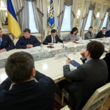 Президент наголошує на важливості вирішення проблеми нелегальних нафтопереробних заводів та АЗС