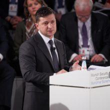 Питання війни на сході України не може втрачати актуальність, допоки його не буде вирішено остаточно – Президент