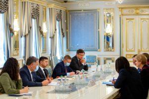 Президент зустрівся з головою Представництва Дитячого фонду ООН в Україні