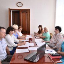 Освітяни області обговорили особливості підготовки до нового навчального року
