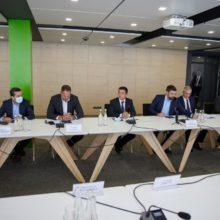 Глава держави на Черкащині ознайомився з роботою дослідницького центру, який працює у форматі «зеленої хімії»