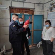 Рятувальники ДСНС перевіряють, чи безпечні виборчі дільниці