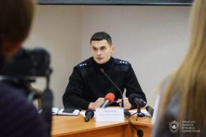 У мобільних групах: поліцейські Черкащини слідкують за дотриманням карантину