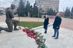 7-ма річниця початку АТО. Керівники району вшанували пам'ять Героїв