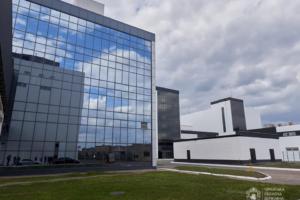 Фармацевтичний лідер: Очільник Черкащини відвідав «Юрія-Фарм»