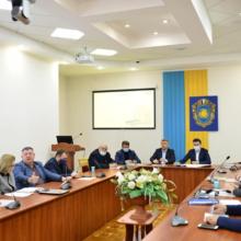 Голова ОДА поспілкувався з обласними депутатами щодо придбання обладнання для променевої терапії
