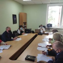 Про роботу тимчасової комісії щодо стану виплати заборгованої заробітної плати на підприємствах району.