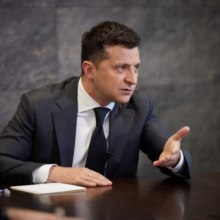 Україна щодня доводить, що готова бути в НАТО – Володимир Зеленський у спільному інтерв'ю іноземним ЗМІ