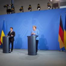 Всі країни мають тиснути на Росію в питанні проведення зустрічі в Нормандському форматі задля встановлення миру в Україні – Глава держави