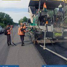 #ВеликеБудівництво: на ділянці траси Н-16 розпочалися роботи із влаштування останього шару покриття