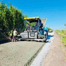 Триває капітальний ремонт автодороги Березняки-Райгород-Кам'янка